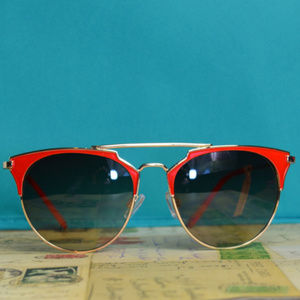 Accessories - Sunglasses Retro Style Cateye Red & Gold NWT